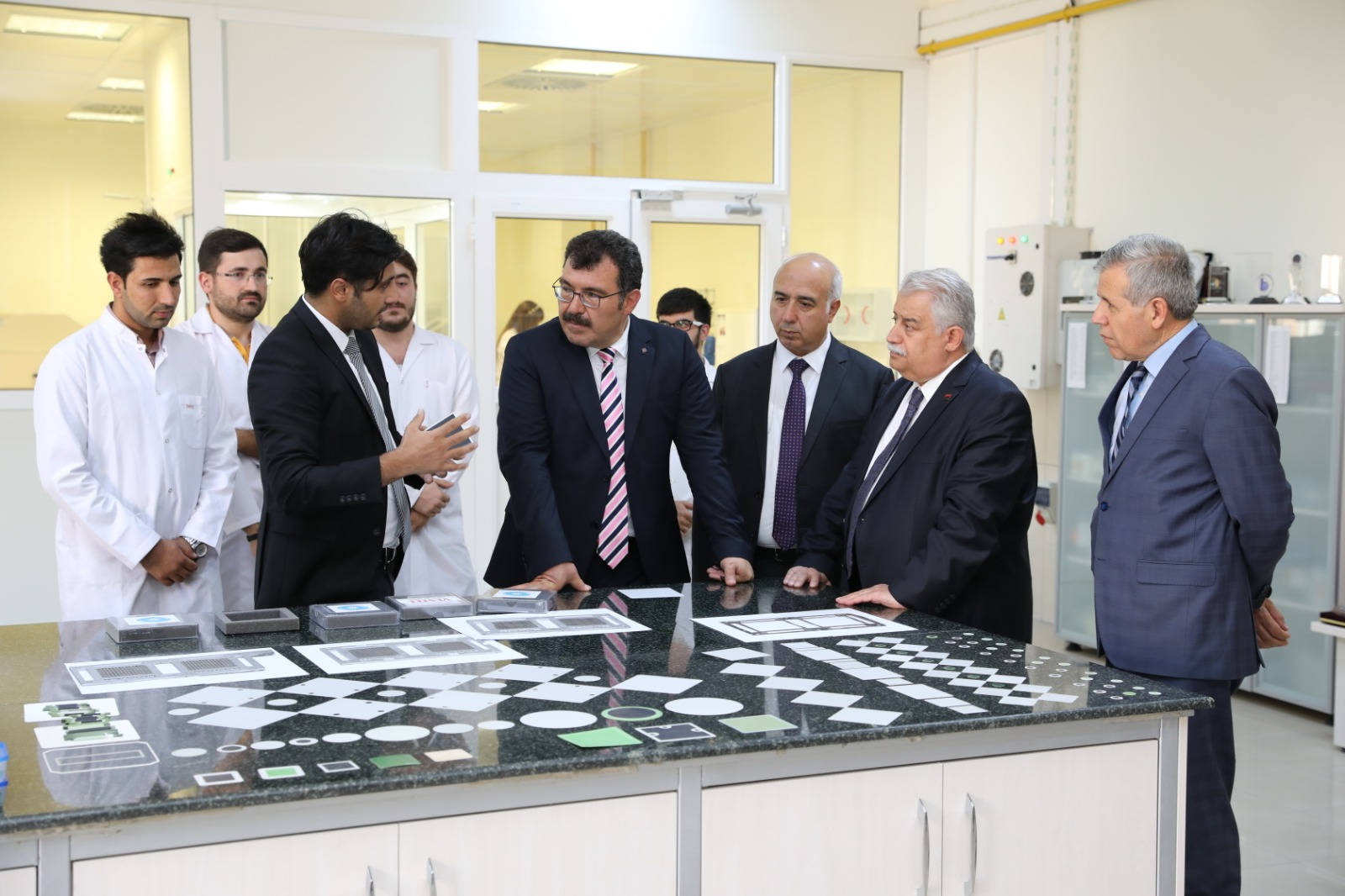 Prof. Dr. Hüseyin Mandal,